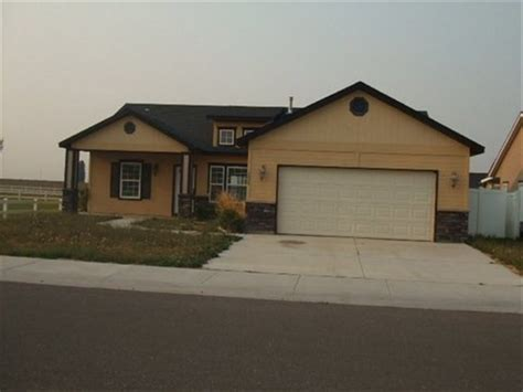 1024 starlight loop falls idaho 83301 foreclosed