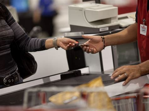 Cashier At Costco by 7 Reasons Why Can T Get Enough Of Costco Abc News
