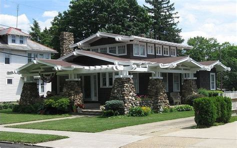 Cottage Lancaster Ohio by 1000 Ideas About Craftsman Bungalow Exterior On