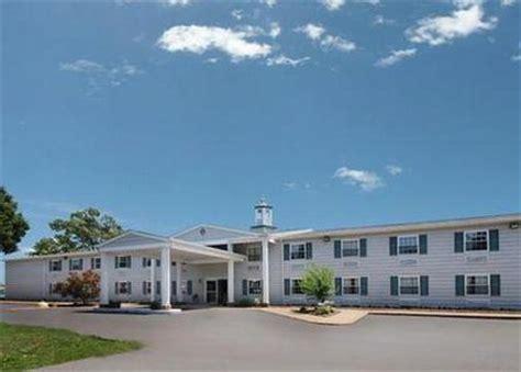 comfort inn marina comfort inn beacon marina solomons deals see hotel