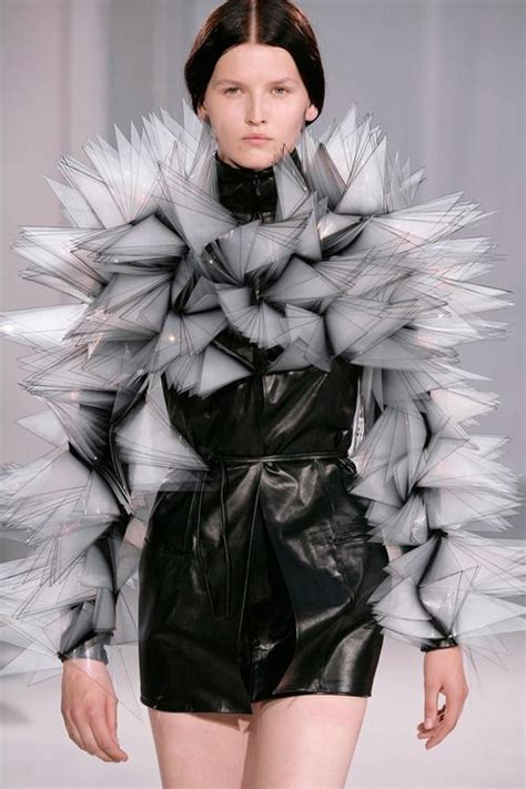 The New Designers Nederland by 1000 Images About Avant Garde On Jean Paul