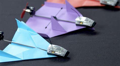 design lop kecil powerup dart pesawat kertas bisa dikontrol lewat