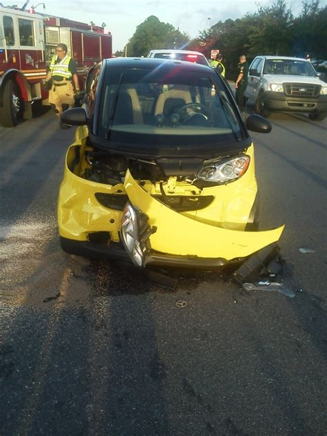smart cars in accidents car smart car car accidents