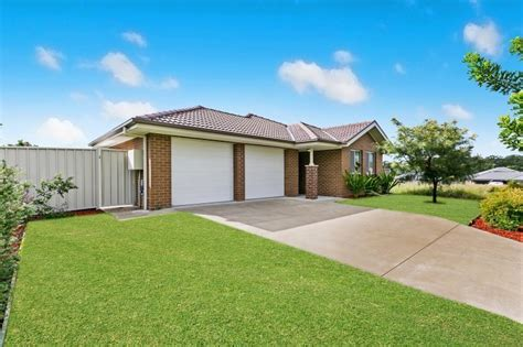 raymond terrace for lease 39 manning avenue