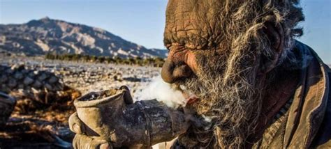 l uomo non si lava da 60 anni faonews