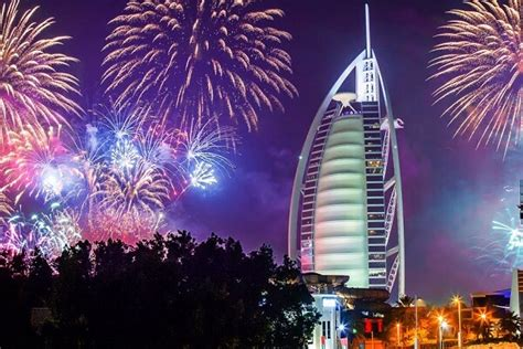 dubai new years eve fireworks 2018 best hotels to watch