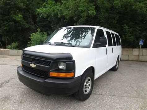 2005 chevrolet express buy used 2005 chevy express 1500 mobile office rear