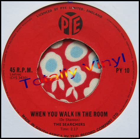 the searchers when you walk in the room totally vinyl records searchers the when you walk in the room i ll be missing you 7 inch