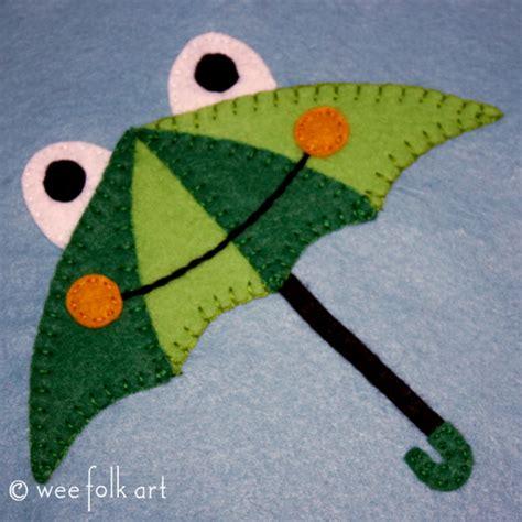cow pattern umbrella bear in water applique block 187 wee folk art