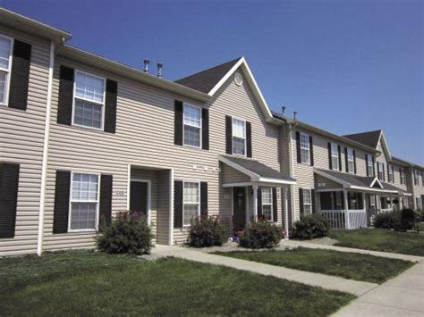 fairdale townhomes farmington ny apartment finder