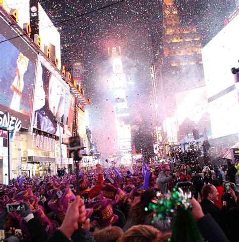 new year nyc happy new year new york rings in 2016