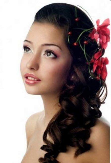 elegant hairstyles to the side sideways ponytail curls hairstyles pinterest