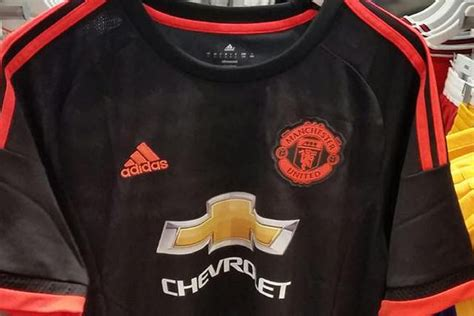 Official Manchester United 3rd 1617 manchester united 2015 16 third kit new adidas spotted in dubai shop evening