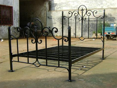 iron bed frames bed frames on pinterest iron bed frames wrought iron bed frames and wrought iron beds
