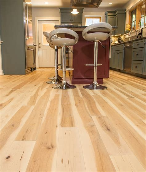 Maple Prefinished Oil Flooring   Great Value   Ships