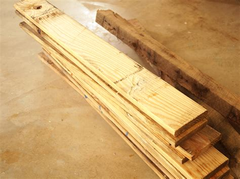 shipping pallet bed wood plans for dog bed