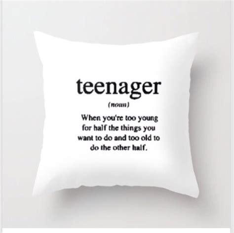 cushions for girls bedroom best 25 teen bedroom ideas on pinterest room ideas for