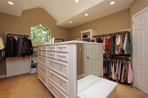 closet bench closet closet island with bench pictures decorations inspiration and models