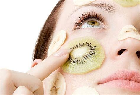 maschere di bellezza fatte in casa cura viso maschere fai da te con la frutta bellezza it