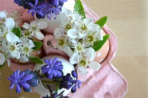 fiori decorazioni decorazioni fai da te con fiori e uova per la tavola di pasqua
