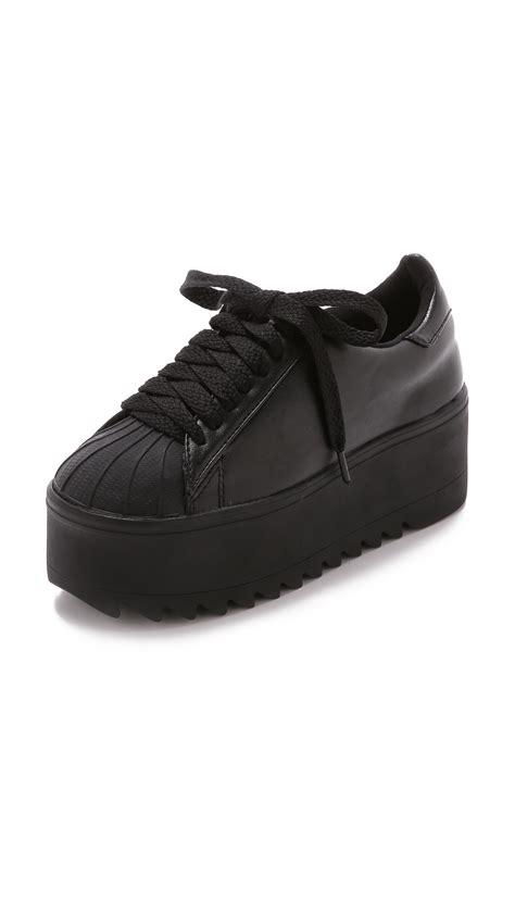 platform black sneakers jeffrey cbell synergy platform sneakers in black lyst