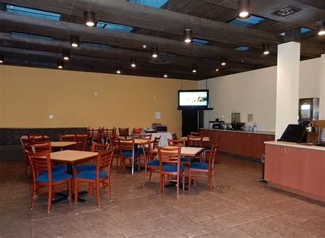 Gallery Dining Room Days Inn Timmins The Senator Hotel Updated 2017 Reviews Price Comparison