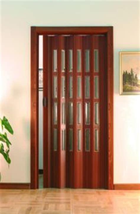 porte pieghevoli in legno prezzi porte a soffietto su misura prezzi