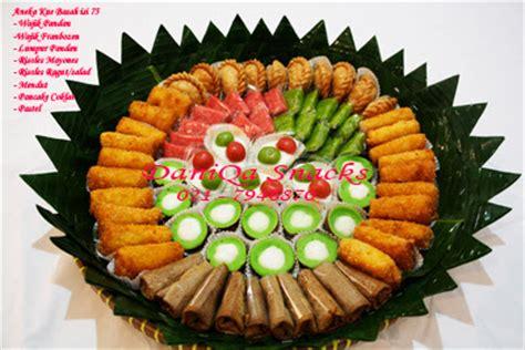 daniqa cake  snack kue basah