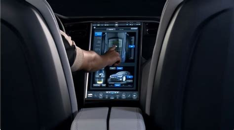 Tesla Touch Screen Apple Quot Carplay Quot So Where Are The 17 Quot Car Touchscreens
