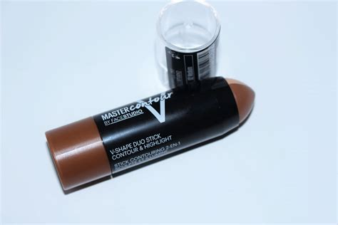 Maybelline V Shape Duo Stick maybelline master contour v shape duo stick review swatches
