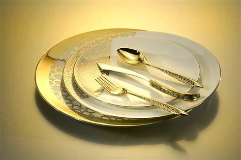 Design Geschirr Set by Designer Dinnerware Images