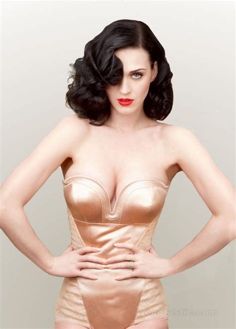 katy perry bra size measurements profile biography and katy perry s height weight measurements and bra size
