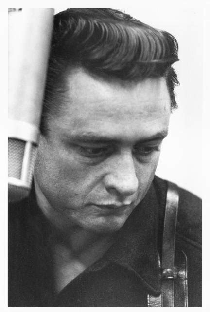 Johnny Cash Pictures | MetroLyrics