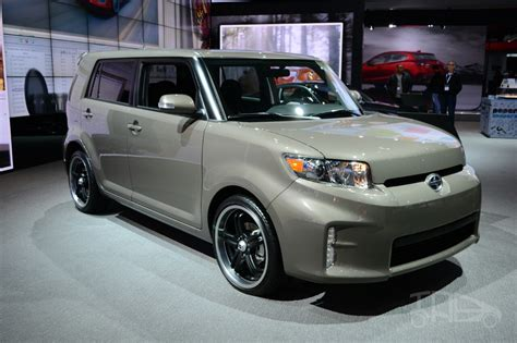 scion 10 series xb scion xb release series 10 0 front three quarters at the