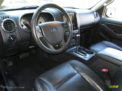 2006 Ford Explorer Interior by Black Interior 2006 Ford Explorer Limited 4x4 Photo