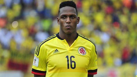 yerry mina fc barcelona hoopt op snelle komst colombiaanse verdediger