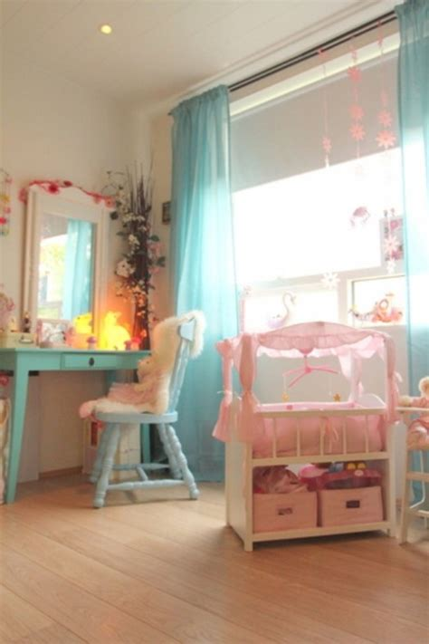 nice rooms for girls nice and gentle bedroom for a six year old girl kidsomania