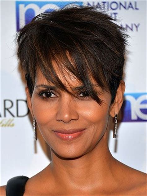 back view of halle berry hair 137 best chic hairstyles images on pinterest