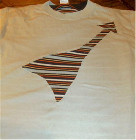 guitar pattern shirt guest tutorial guitar reverse applique shirt favecrafts com