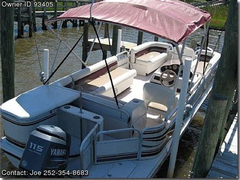hurricane deck boat gas cap 2002 hurricane fundeck 196 re used boats for sale by