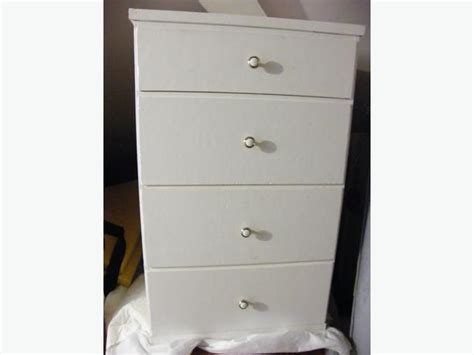 24 Wide Chest Of Drawers by Solid Wood Dresser 4 Drawer 24 Quot Wide City
