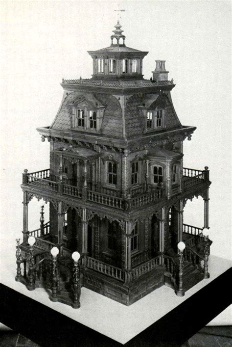 haunted doll houses best 25 haunted dollhouse ideas on pinterest doll houses miniature houses and