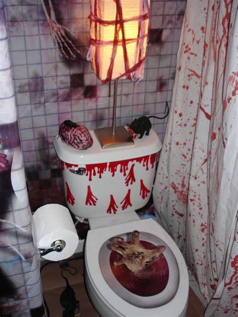 207 best images about halloween bathroom decor on pinterest halloween bathroom decorations