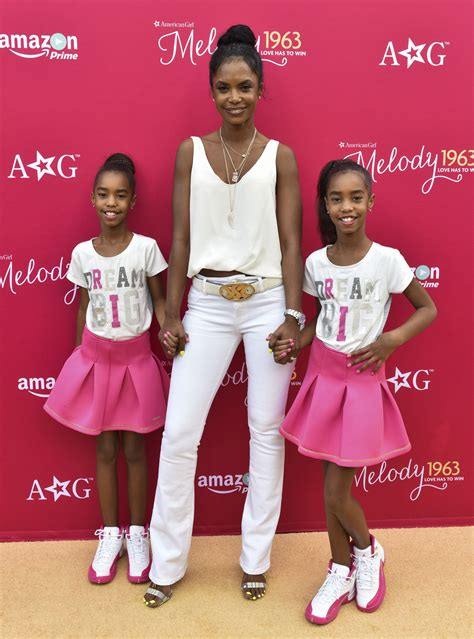 black celeb twins celebs with twins and triplets black history pinterest