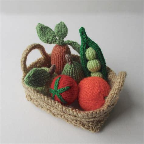 knitting pattern vegetables fruit vegetables knitting pattern by amanda berry