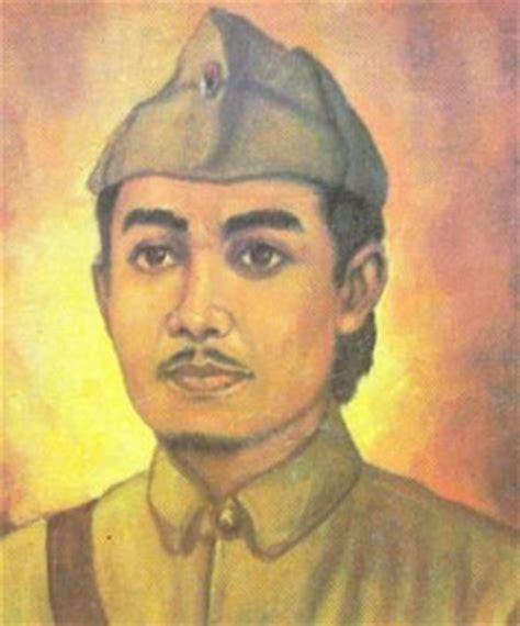 Dr Cipto Mangunkusumo Pahlawan Pergerakan Nasional gambar foto pahlawan nasional indonesia gambar sutomo bung tomo