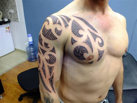 tattoo on arm and shoulder tribal tattoo arm and shoulder tattoo and arm tribal