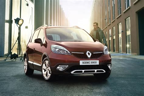 renault mpv renault scenic xmod mpv turns crossover photos 1 of 6