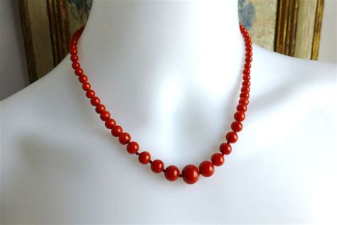 vintage tomato coral graduated bead necklace