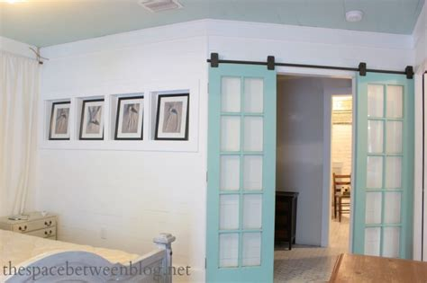 Rolling Closet Door 23 Diy Modern Barn Doors A Marriage Of Function Decor